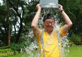 Vice-Chancellor Joseph Sung Accepts Ice Bucket Challenge